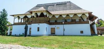 Chambre du ` s de Dionisie Lupu dans la cour princière dans Targoviste, Dambovita, Roumanie Image libre de droits