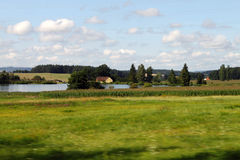 Chambre et lac Photo stock