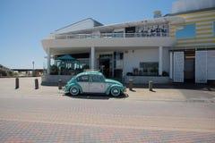 Chambre et Volkswagen de plage du ` s de baigneur Photographie stock libre de droits