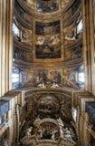 Chambre forte du ¹ e Maria Church, Jésus et Mary de Gesà Beaux vieux hublots à Rome (Italie) Photographie stock