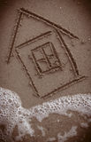 Chambre peinte sur la plage Image libre de droits