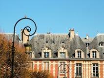 Chambre sur le DES VOSGES d'endroit à Paris images stock
