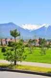 Chambre sur un fond des montagnes dans le secteur d'Adler de Sotchi Photos libres de droits