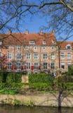 Chambres avec les volets rouges au centre historique d'Amersfoort Image stock