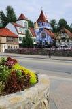 Chambres colorées dans le village bavarois Photographie stock
