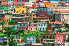 Chambres colorées de Valparaiso photographie stock libre de droits