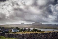 Chambres dans le paysage écossais photographie stock libre de droits