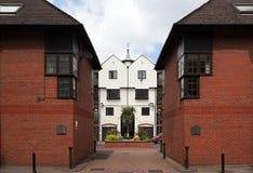Chambres en terrasse modernes. Londres. LE R-U Image libre de droits