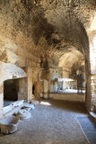 Chambres fortes de l'amphithéâtre romain dans Lecce, Italie Photographie stock libre de droits