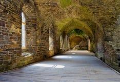 Chambres fortes en pierre d'un bâtiment antique Image libre de droits