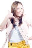 Chame-me! Mulher nova bonita Shouting isolada Imagens de Stock Royalty Free