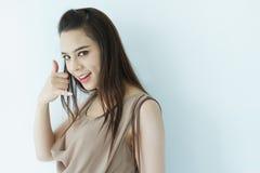 Chame-nos, contacte-nos, linha aberta, linha de apoio ao cliente, serviço ao cliente, FAQ Imagens de Stock