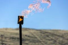 Chaminé de queimadura do gás fotografia de stock