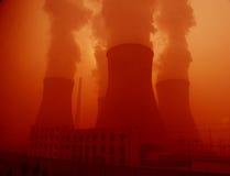 Chaminés da central eléctrica Imagens de Stock Royalty Free