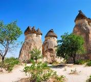 Chaminés feericamente em Cappadocia Fotos de Stock Royalty Free