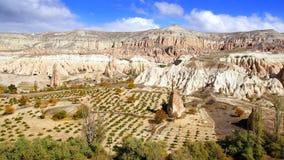 Chaminés feericamente em Cappadocia, Turquia Imagem de Stock Royalty Free