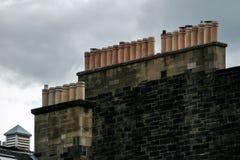 Chaminés sobre Edimburgo fotos de stock royalty free