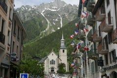 Chamonix kyrkakyrktorn arkivfoton