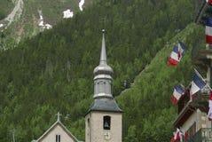 Chamonix kyrkakyrktorn arkivbilder