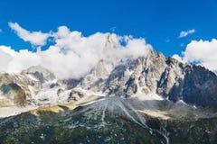 CHAMONIX-MONT-BLANC 阿尔卑斯hochries山景 免版税库存照片
