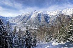Chamonix-Stadtfranzose-Alpen Stockbild