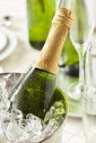 Champán burbujeante alcohólico por Años Nuevos Fotos de archivo libres de regalías