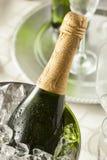 Champán burbujeante alcohólico por Años Nuevos Imágenes de archivo libres de regalías