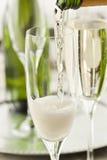 Champán burbujeante alcohólico por Años Nuevos Fotografía de archivo