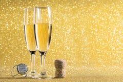 Champán de la tostada del Año Nuevo, corcho 2018 Imagen de archivo