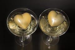Champán y día de tarjetas del día de San Valentín, amor y lujo Fotos de archivo