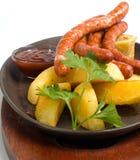 champ de cablage à couches multiples grillé de saucisse Photographie stock