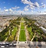 Champ de Mars vom Eiffelturm stockfotografie