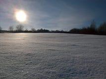 Champ de neige d'hiver Images libres de droits