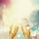 Champagne avec le coucher du soleil Image stock
