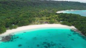 Champagne Beach, Vanuatu, isla de Espiritu Santo, Luganville, South Pacific almacen de video