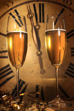 Champagne betriebsbereit, in das neue Jahr zu holen Lizenzfreie Stockbilder