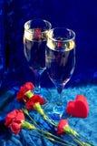 Champagne, bloemen en hart Stock Afbeeldingen