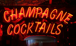 Champagne Cocktails Neon Sign Arkivfoton