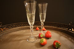 Champagne con le fragole Immagine Stock
