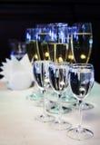 Champagne in de glazen Stock Foto's