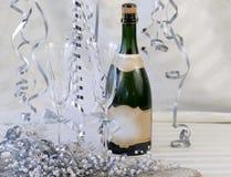 champagne dekorerade flöjter Royaltyfri Foto