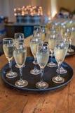 Champagne in den Gläsern lizenzfreies stockfoto