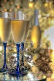 Champagne in den Gläsern lizenzfreie stockbilder