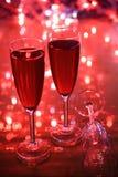 Champagne in den Gläsern und in den Leuchten stockbilder
