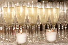 Champagne e candele Fotografie Stock Libere da Diritti