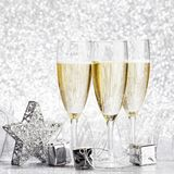 Champagne e decoração Foto de Stock Royalty Free