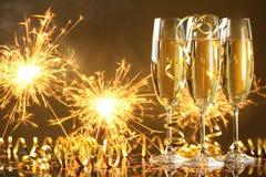 Champagne e fuochi d'artificio Fotografia Stock Libera da Diritti