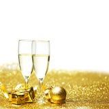 Champagne e presente Fotos de Stock Royalty Free