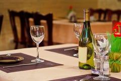 Champagne e vidro vazio Fotografia de Stock