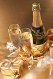 Champagne en gift Royalty-vrije Stock Fotografie